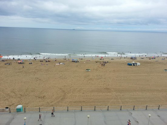Fairfield Inn & Suites Virginia Beach Oceanfront: View from Room 708