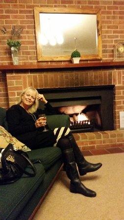 Bluebush Estate : Cosy fire in winter