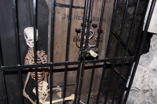 Mercat Tours: the skeleton