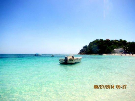 Pineapple Beach Club Antigua: Long Bay Beach