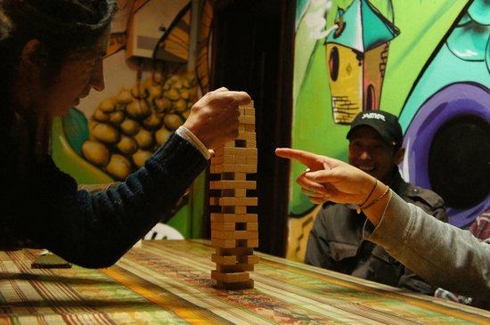 Killa Wasi Hostel: Plenty of games at Killa Wasi
