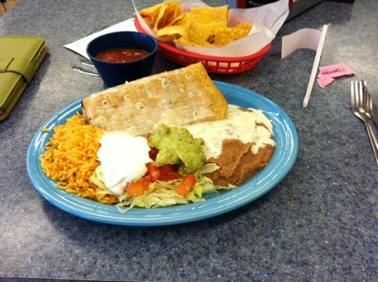 La Palma Mexican Restaurant : I had this fabulous chimichanga plate this evening.  What a treat!
