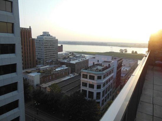 Residence Inn Memphis Downtown : Rooftop View