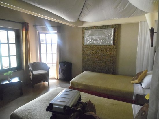 Ol Tukai Lodge: another bedroom view