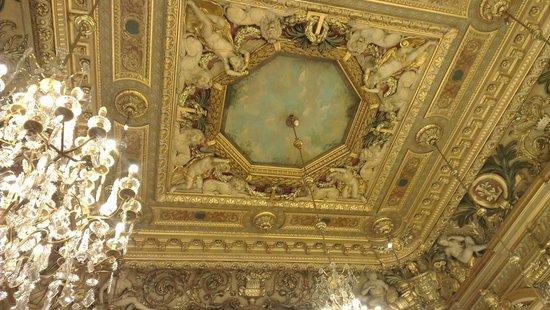 Hotel de Ville: Plafonds Hôtel de ville