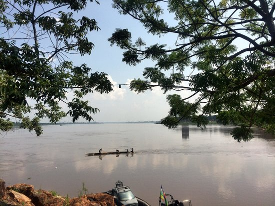 Central African Republic: river view