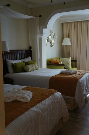 Now Sapphire Riviera Cancun : Beds