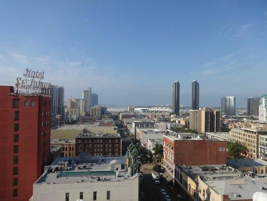 Gaslamp Plaza Suites: Vista da cidade no terraço do hotel