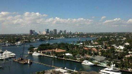 Hyatt Regency Pier Sixty-Six: Awesome view of Intracoastal and downtown Fort Lauderdale
