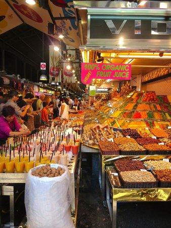 St. Josep La Boqueria: Fresh fruit galore