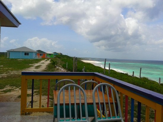 The Ocean Dream Beach Resort: OCEAN VIEW FROM DINING AREA