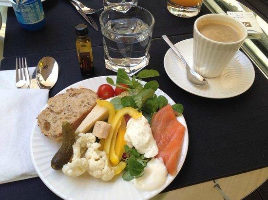 Le 123 Sebastopol - Astotel: Breakfast - first course.