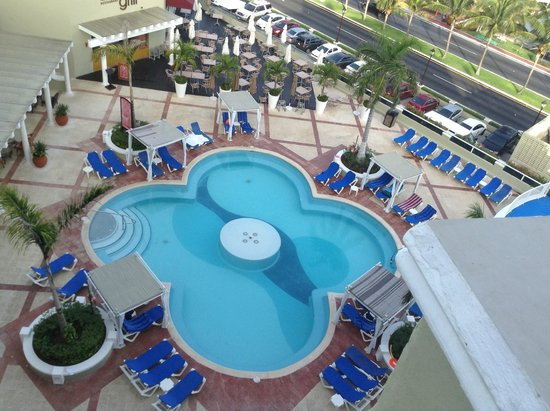 Panama Jack Resorts - Gran Caribe Cancun: View from my 6th floor room