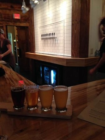 Door County Brewing: beer flight. all good