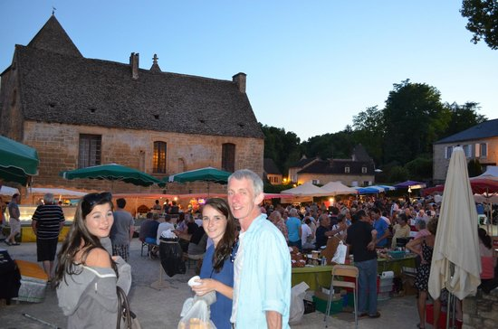 Les Charmes de Carlucet: Evening Market for dinner in nearby town