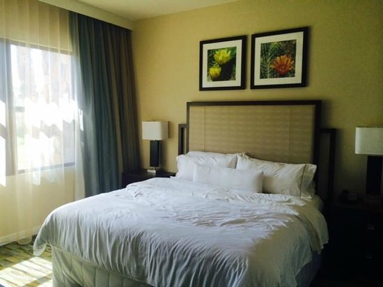 The Westin Desert Willow Villas : King  Bedroom