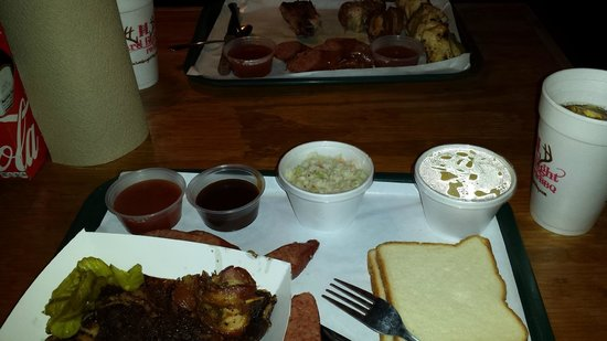 Hard Eight BBQ: ribs, sausage, cole slaw and mac & cheese
