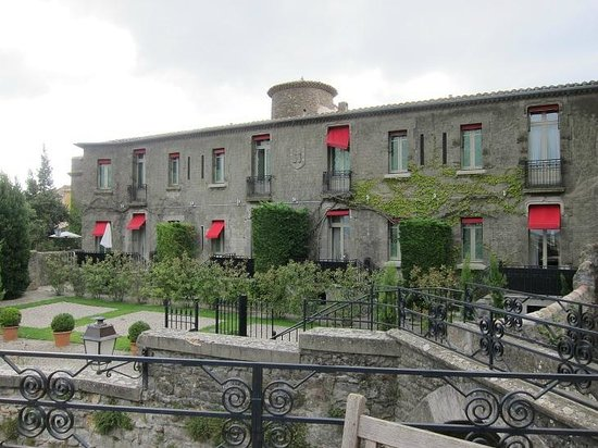 Hotel de la Cite Carcassonne - MGallery Collection : Building of our suite