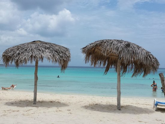 Hotel Playa Costa Verde: relaxing at the beach