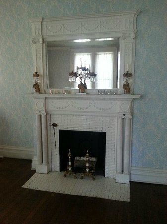 Vrooman Mansion: Main parlor, beautiful fireplace.