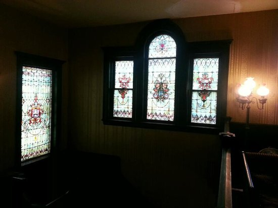 Vrooman Mansion: Stained glass throughout the downstairs.