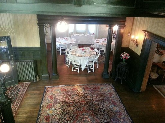 Vrooman Mansion: Set-up for a small wedding.