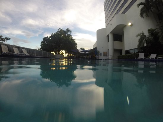 Sheraton Miami Airport Hotel & Executive Meeting Center : Piscina térmica do hotel!