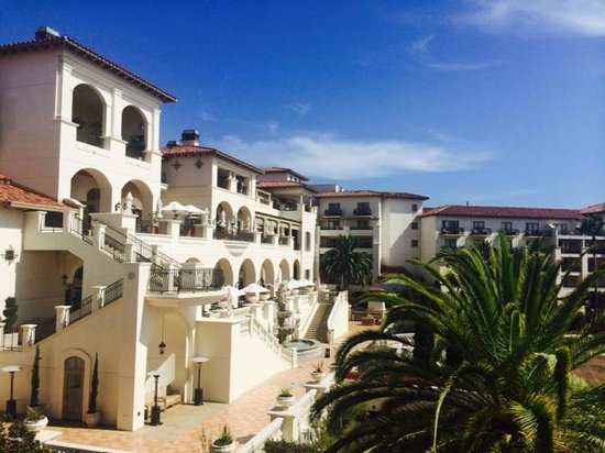 Monarch Beach Resort: Hotel Backyard