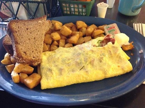 Keltic Kitchen : western omelette, yummy
