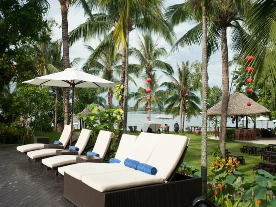 Vinh Hung Riverside Resort: Swimming pool