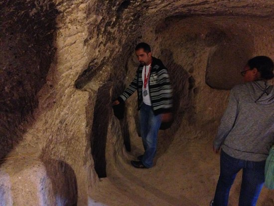 HtR Tours: Husnu showing us some secrets...