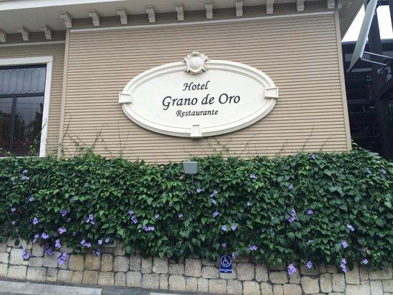 Hotel Grano de Oro San Jose: Front of Hotel