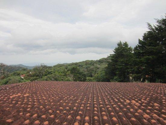 Hotel Montana Monteverde: View from Balcony onto Pacific Ocean