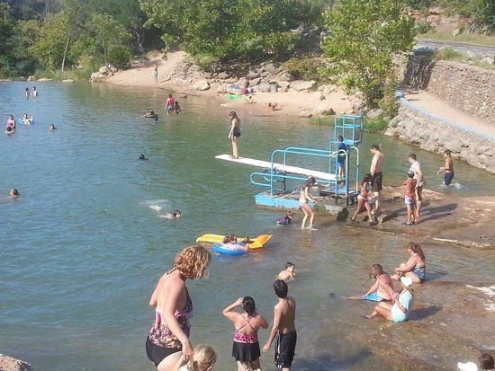 Turner Falls Park : Diving area