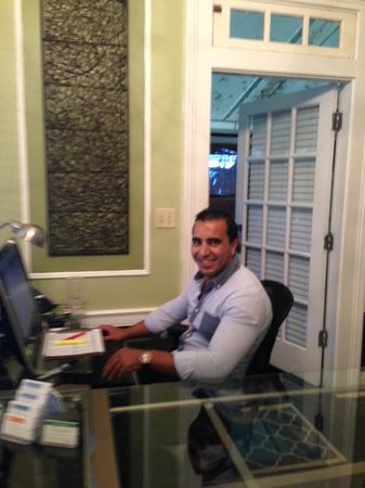 Old Town Manor: Front Desk