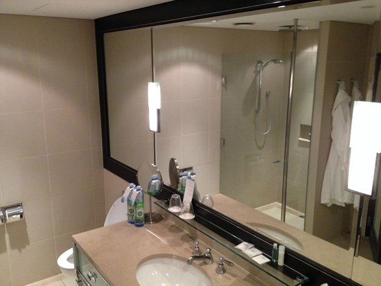 The Westin Melbourne: Bathroom