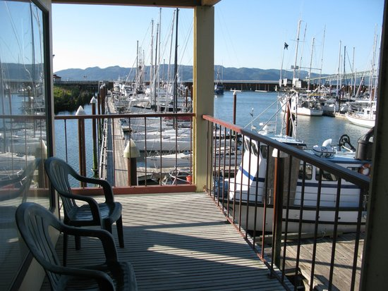 Astoria Riverwalk Inn : awesome view of the marina