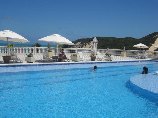 كريستي ريزورت: piscina