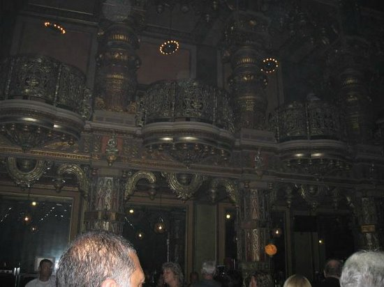 Landmark Theatre: Ornate interior