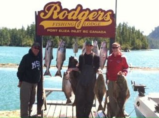 Rodgers Fishing Lodge : Frank & his crew.
