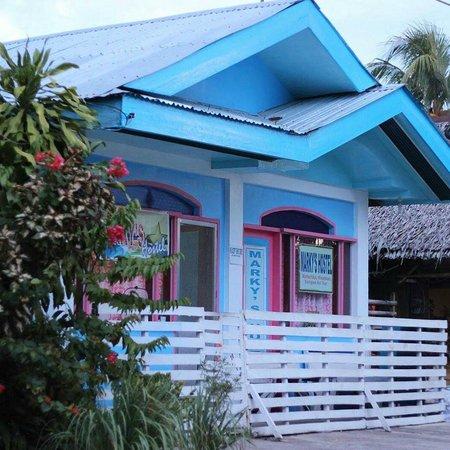 Marky's Hostel