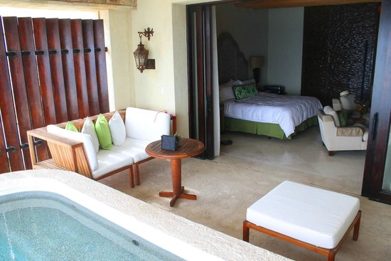 The Resort at Pedregal: Oceanview Deluxe King room