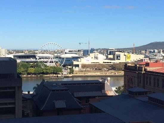 Great Southern Hotel : View across the Brisbane River from room 805