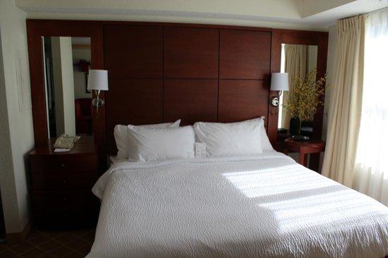 Residence Inn Kansas City Overland Park: Great King Beds To Sleep On