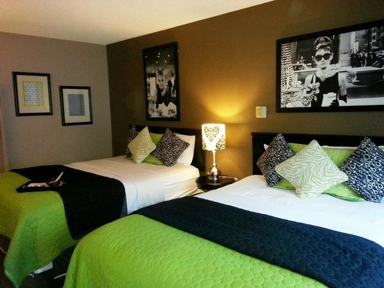 Alder Inn: Audrey Hepburn-themed room