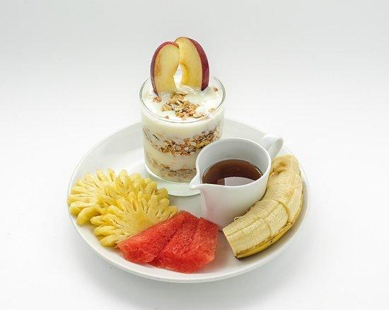 Nikitas Beach Restaurant : Try a healthy breakfast at Nikitas