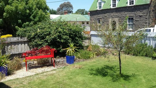 Angoby's of Kyneton: Frond garden