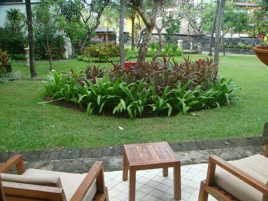 Nusa Dua Beach Hotel & Spa: A view from the back of your room