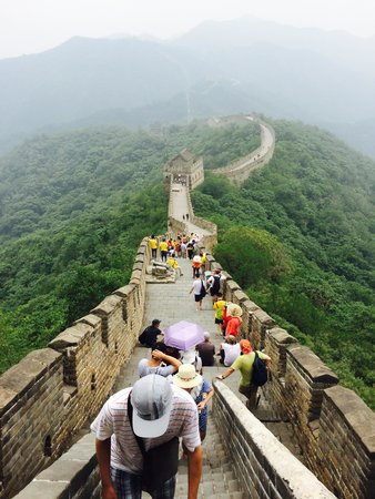 Gran Muralla China en Mutianyu: On top of a staircase to a watchtower