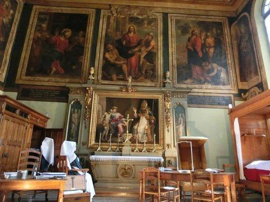 Musée de l'Hôtel-Dieu : 館内の様子